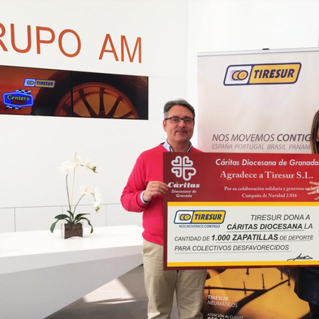 Tiresur y Centers Auto donan 1.000 zapatillas deportivas a Cáritas